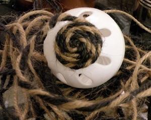 111012_diy-deco-balls-15_1615616846