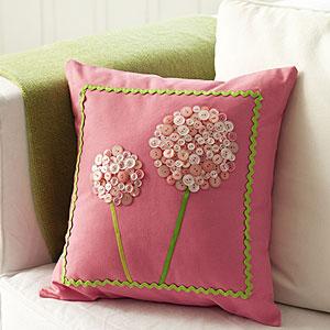 button-pillow-craft